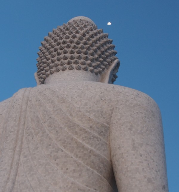 Is Buddha popping out moons?