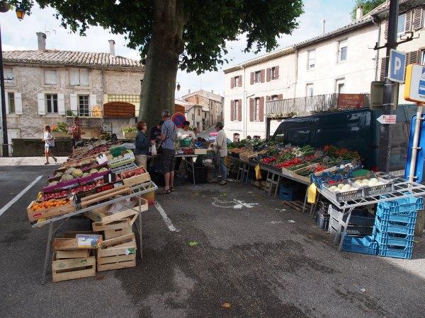Sunday Saissac market