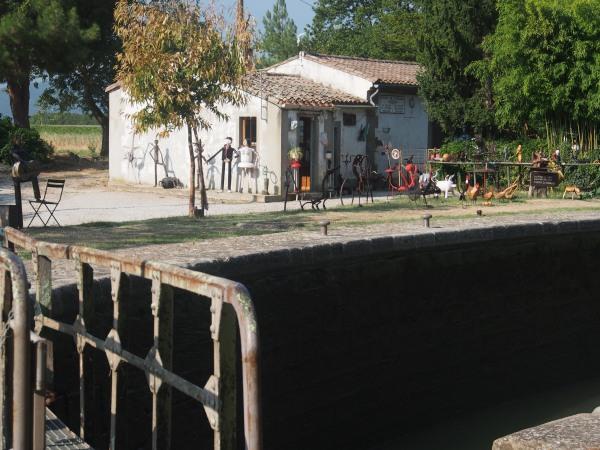 Lockmaster's home