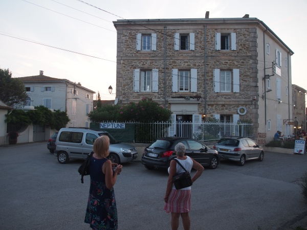 Neptune Hotel - Le Somail