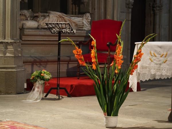 La Citie - Carcassonne. The altar.  An amazing nave