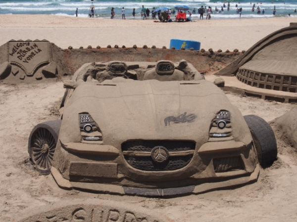Sand castle (car)