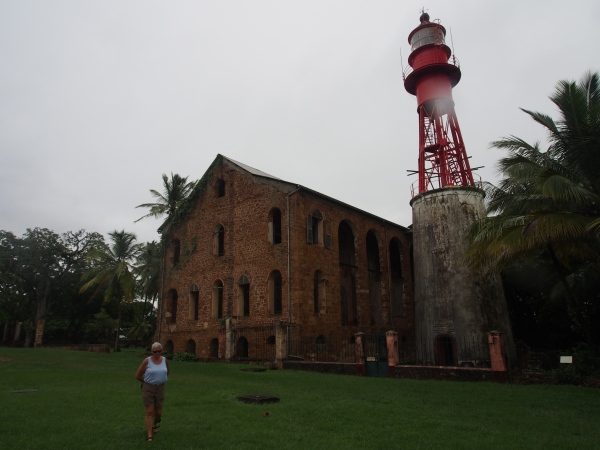 The lighthouse that functions today next to the officers hospital